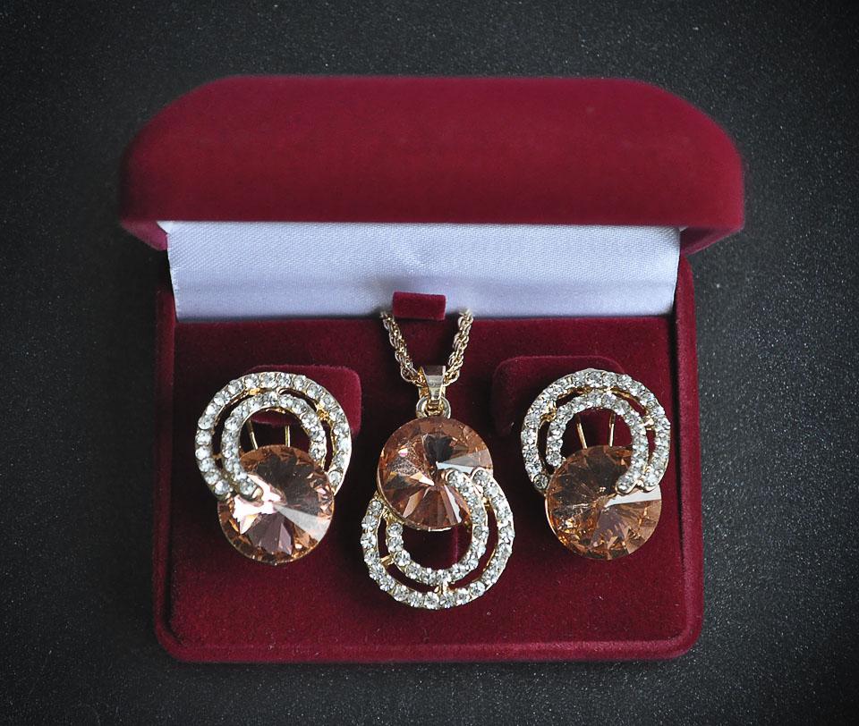 Barbara set Fameo Diamonds
