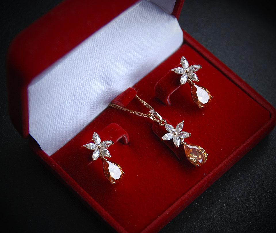 Diamando set Fameo Diamonds