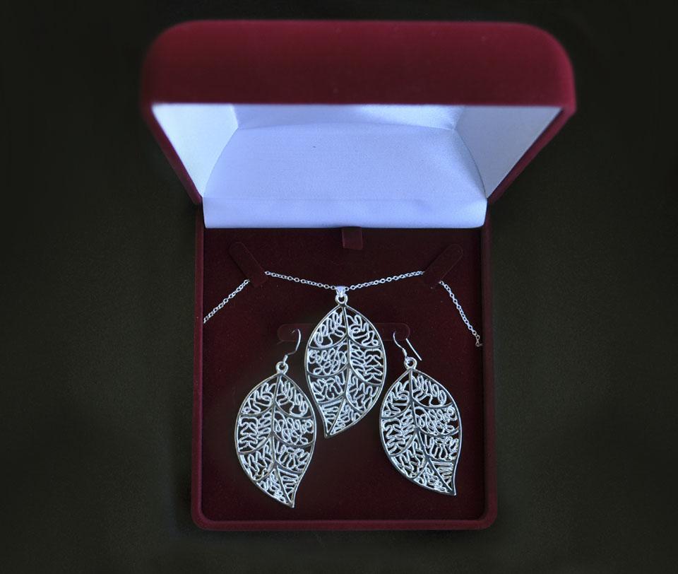 Silvia set Fameo Diamonds