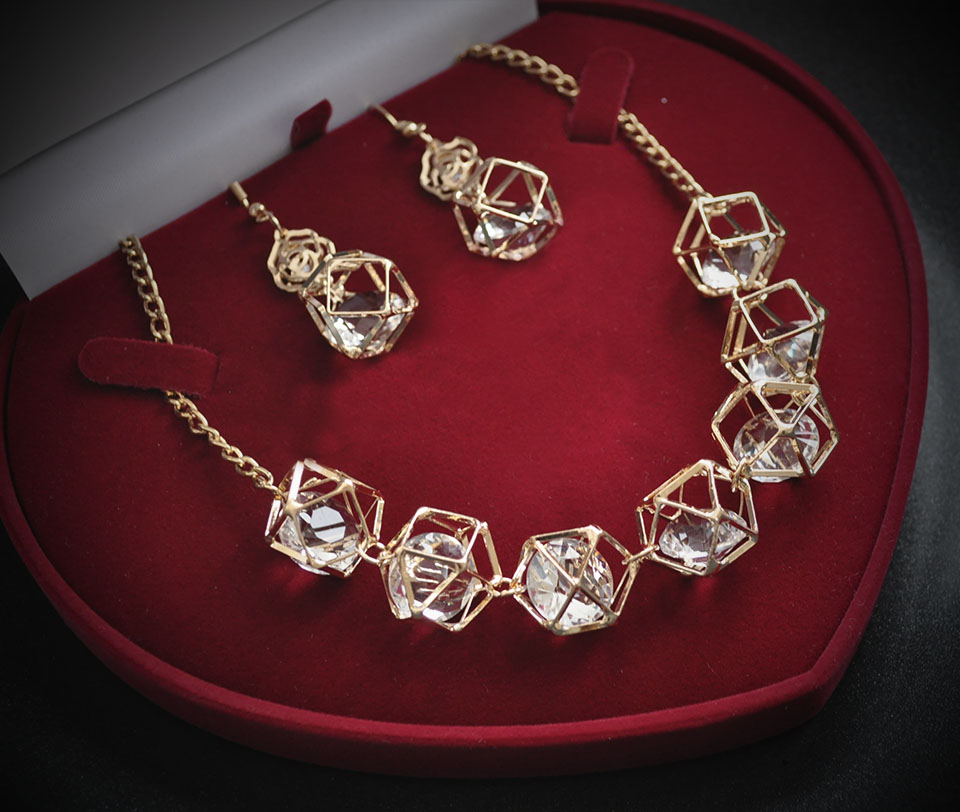 Flavie set Fameo Diamonds