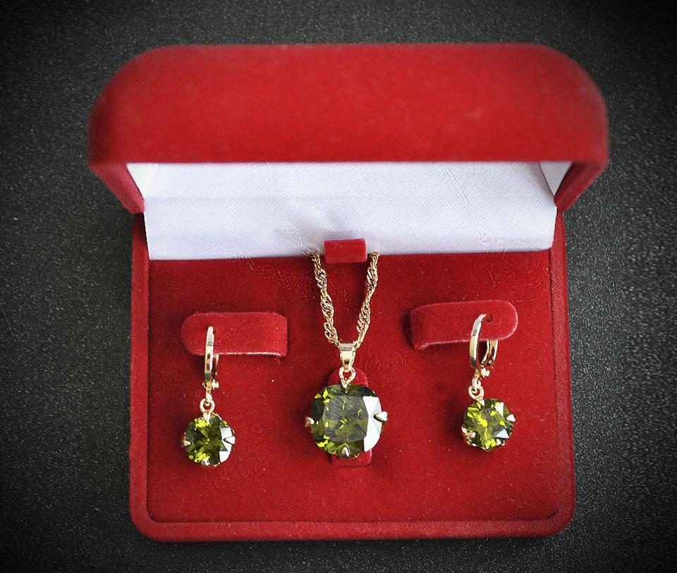 Vinicio set Fameo Diamonds