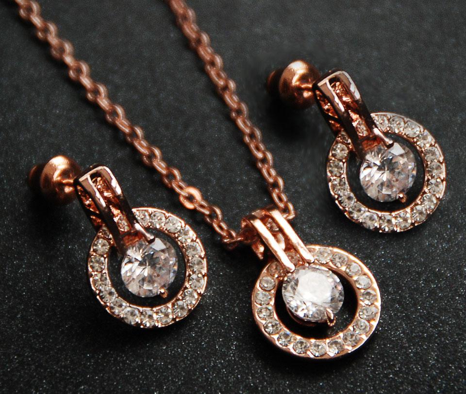 Gemma set Fameo Diamonds