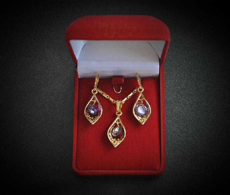 Giselle set Fameo Diamonds
