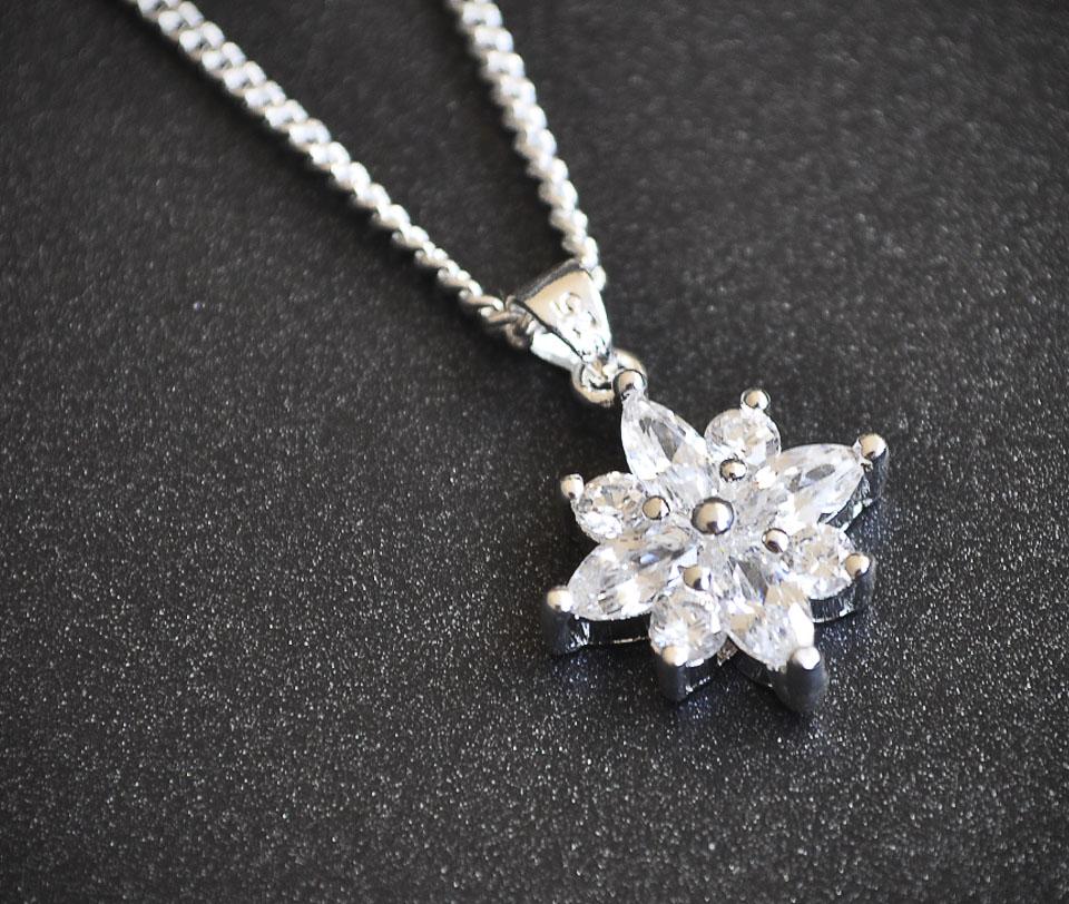 Fenisa set Fameo Diamonds