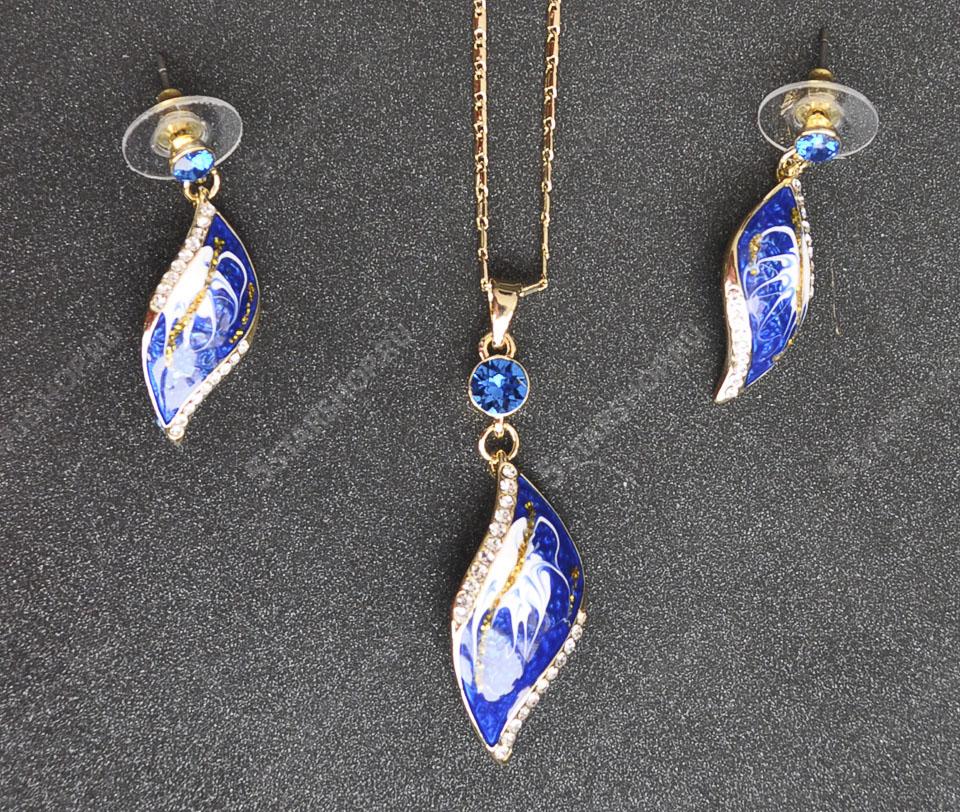 Stradivari set Fameo Diamonds